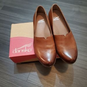Dansko Liliana Burnished Calf Chestnut Loafers